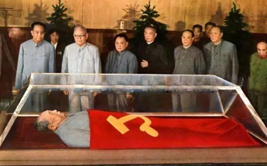 毛主席遗体的水晶棺